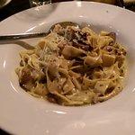 MUSHROOM TAGLIATELLE wild & domestic mushrooms / white truffle oil