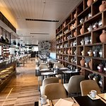 Tuti Restaurant & Bar