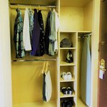 Very cool compartment closet