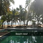 Photo de Palmleaves Beach Resort