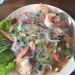 Glassnoodle Salad with Prawns