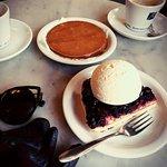 Stroopwafel and blackcurrant tart