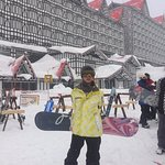 走出飯店即是滑雪場和纜車站,超便利!