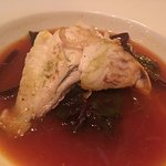 φαγκρί ψητό σε ζωμό ,με κρόκο κοζάνης κ λαχανικά εποχής