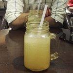 Refreshing Lemonade in a Jar
