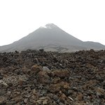 Vue sur le cratère du volcan