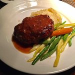 Kangaroo Salisbury Steak w/potato mash & vegetables