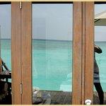 Bungalow mit Terrasse zur Lagune