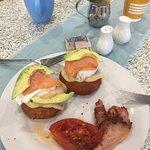 Aranchini flat balls with avo ,smoked salmon ,poached egg and  Hollandaise sauce mmmmmmmmmm😋😋?