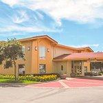 La Quinta Inn Moline Airport - Enterance