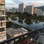 Coconut Waikiki Hotel Foto