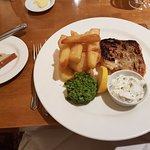 Cod Fillet with Twice Cooked Chips, Mushy Peas and Tartare Sauce