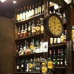 Great happy hour drinks pub.