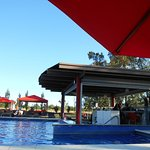 Photo de Howard Johnson Resort Spa & Convention Center Lujan