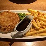 Chicken, gammon and mustard pie