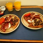 Big Breakfast room service