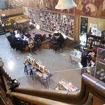 Midtown Scholar Bookstore Foto