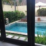 Foto de The Sanyas Suite Seminyak
