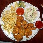 Shrimp basket with coleslaw