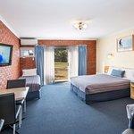Torquay Tropicana Motel Photo