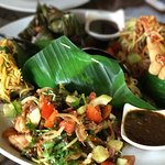 Thai Platter - portion great for 4 pax!
