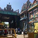 Foto de Arulmigu Manakula Vinayagar Temple