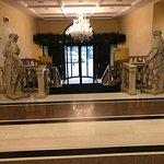 Ambassador Palace Foto