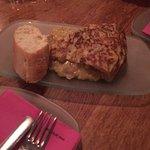 Patatas con dos salsas, tortilla española (espectacular) , carpaccio, solomillo con foie y tarta