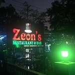 Zeons Restaurant & Bar