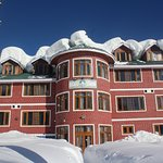 The Most Recent Snowfall Pictures of our Hotel #Fluorescence !