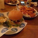 Best burger in Newark