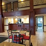 Photo de La Quinta Inn & Suites Ft. Wayne