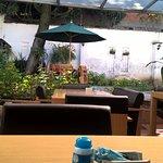 Desayunador el salir al patio del hotel