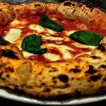 Foto van La Taverna Ristorante & Pizzeria Napoletana