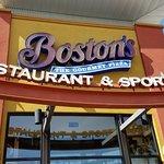 صورة فوتوغرافية لـ Boston's Restaurant & Sports Bar