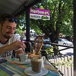 Herbees Cafe의 사진