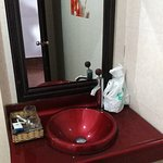 Photo de Kampot Diamond Hotel