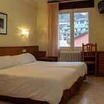 Habitación Doble Hotel Oros 3*