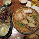 鯨の刺身と蒲鉾を食べました