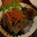 Spring roll and dipping sauce