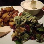 bibalakas au munster, pommes de terre sautées, salade.