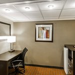 Photo of Quality Inn Phoenix Airport