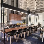 Foto de Embassy Suites by Hilton Raleigh - Crabtree