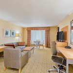 Photo de Holiday Inn Express Hotel & Suites Pacifica