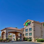 Photo de Holiday Inn Express Marana