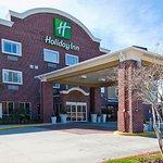 Holiday Inn Hotel Suites Slidell