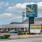 Photo of Quality Inn Breeze Manor