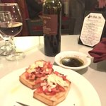 Bruschetta and Chianti