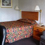 Photo of Red Carpet Inn Louisville
