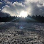 Si lo que quieres es aprender a esquiar el sitio está genial!
